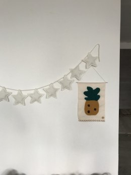 Garland with stars from flax-off white