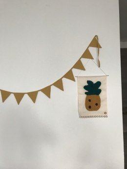 Triangle Garland Grey/mustard with LNU